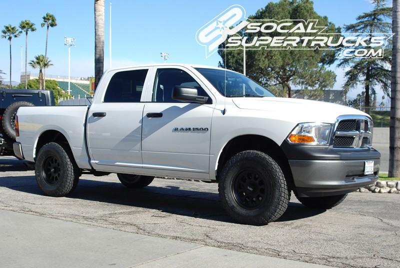 2017 Ram 1500 Leveling Kit >> Csk D3 1 09 18 Dodge Ram 1500 2wd 4 Stage 1 Suspension System